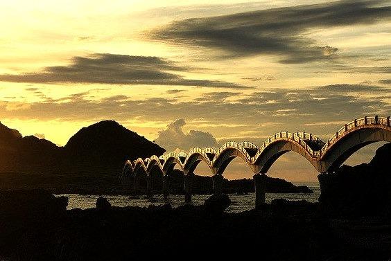 Sansiantai Bridge at dawn, Taitung County, Taiwan